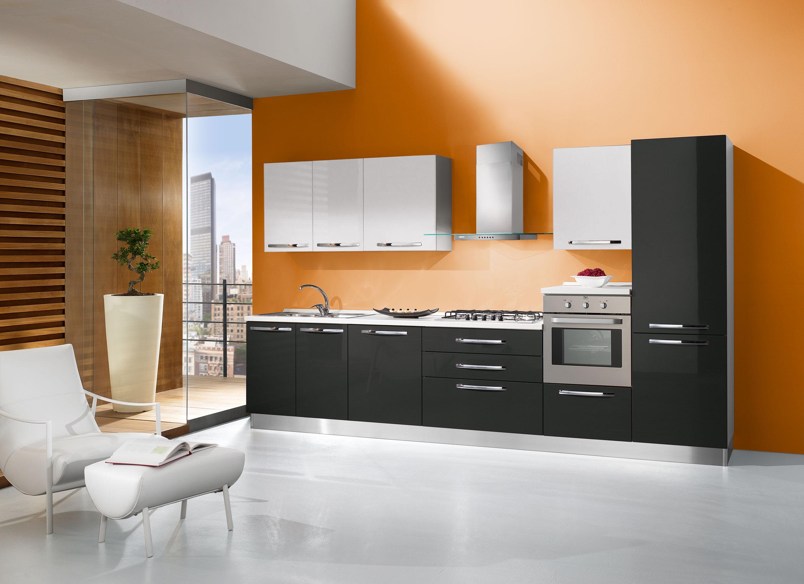 Cucine cucine moderne cucina modena gaia tonda tutto for Cucine componibili colorate