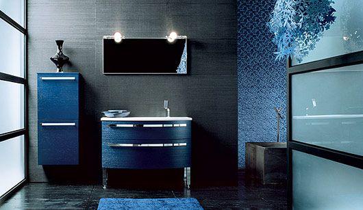 Arredo bagno blu boiserie in ceramica per bagno - Mobile bagno blu ...