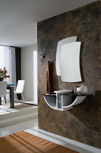 Ingresso moderno con specchio appendiabiti e vano a for Consolle arredamento moderno